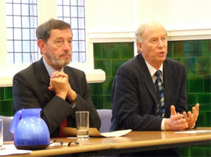 David Blunkett listens to Malcolm Chisholm answering a question